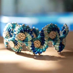 bracelet-vagues-bleues-macramé-créaléliam