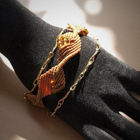 Bracelet Plaqué-or et macramé ocre Créaléliam